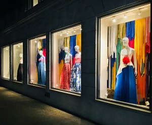 CarolinaHerrera_coloredge_windowdisplay_2018_retail