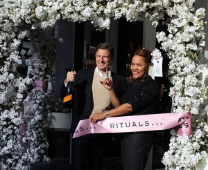 Retail-Entranceway-Rituals-New-York-City-Store-Opening-1