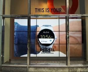 Retail-Fossil-Times-Square-Digital-Signage-Video-Wall-NYC-Large-Format-Graphics-Dye-Sub-Q-6