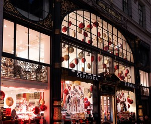 Retail-Sephora-New-York-City-Flagship-Holiday-2015-12