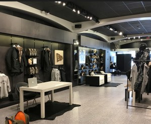 Retail.NewEra-Cap-Company-NewOrleans-Vinyl.Coloredge