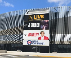nycblive_arena_stadium_concert_coloredge_2017